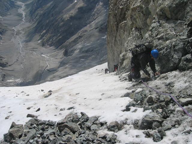 Désescalade du Glacier Carré