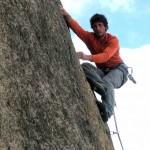 Alpiniste dans une geule du diable 6c