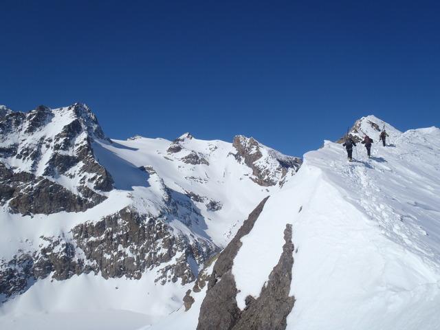 Arête de la Montagnolle avec derrière le glacier de Séguret Foran