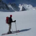 Sur le glacier Blanc en montant au couloir nord de Roche Faurio