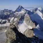 Vue sur le Cervin et l'Obergabelhorn depuis le Zinalrothorn