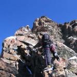 Nico dans une belle section de grimpe