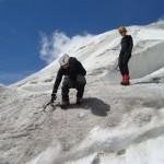 Ecole glace - Glacier Blanc - Pierrick nous fait une petite démo de piolet rampe