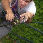 Nico remonte sur la corde