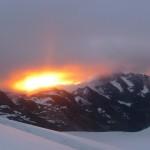 Roche Faurio - le soleil embrase les nuages à l'aube