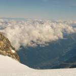 Mont Blanc par les Trois Monts - Vallot domine la vallée de l'Arve
