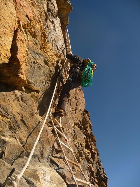 Cervin - Voie Schmidt - L'échelle Jordan à la descente de l'arête du Lion