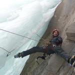 Cascade de glace à Crévoux - Un illuminé!
