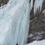 Cascade de glace à Crévoux - Vue de la longueur