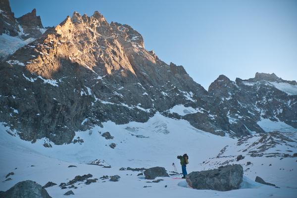 Pic sans Nom - Cambon Francou - Récupération des skis