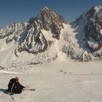 Grands Montets - Etienne devant le Chardonnet et l'Aiguille d'Argentière