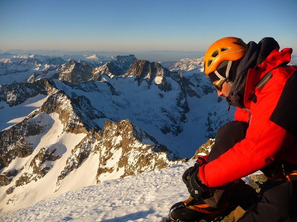 Traversée des Ailefroides et descente du Glacier long
