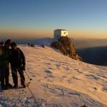 Mont Blanc - Voie normale - Beau spectacle matinal