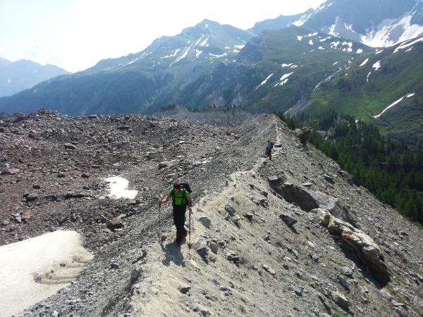 Sur la moraine du Glacier de Miage