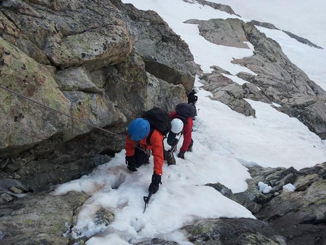 Initiation alpinisme en famille