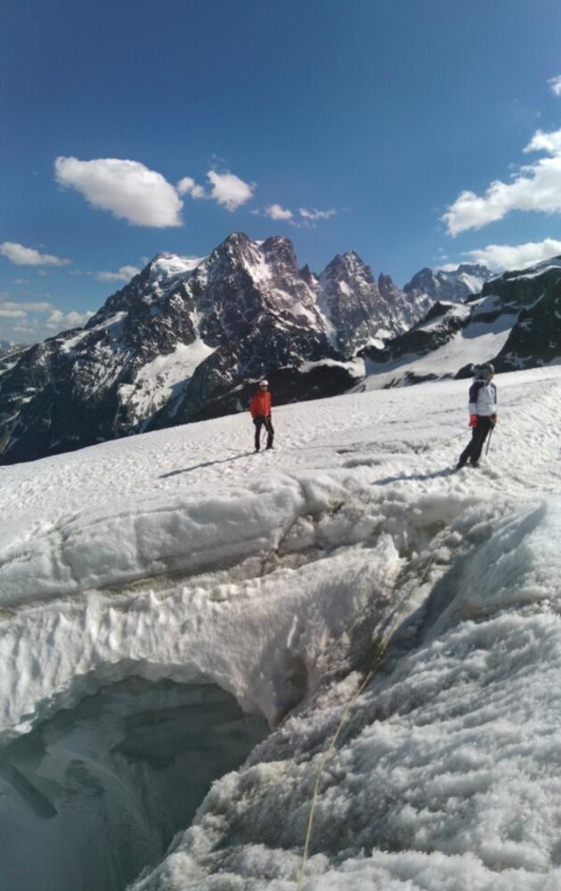 Pointe Cézanne - Couloir Sud et traversée - La veille quelques révisions sur le Glacier Blanc