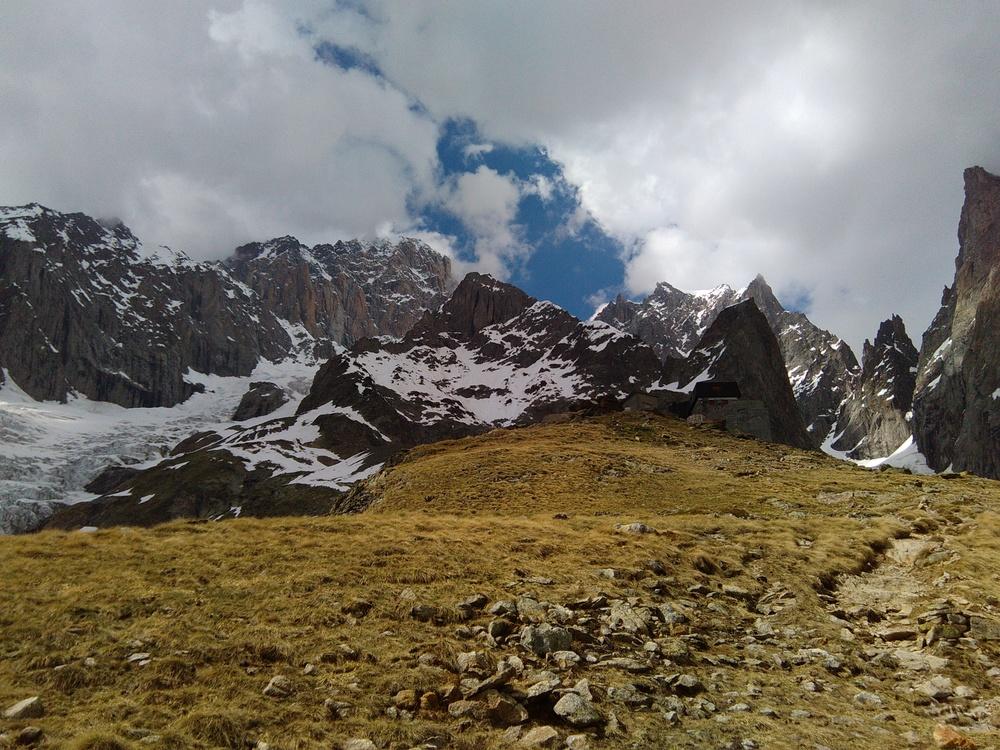 Mont-Blanc - Inominata - Monzino et la suite