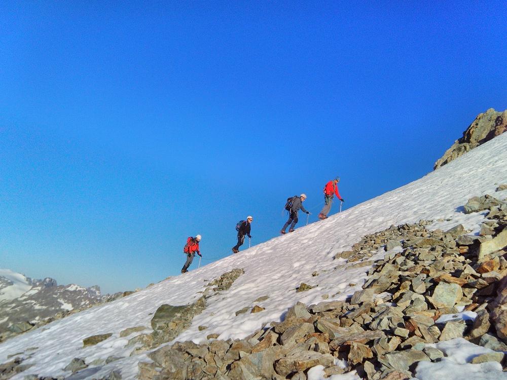 Initiation Alpinisme - La cordée des copains