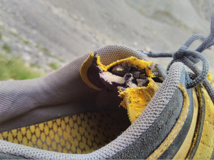 Aiguille du Vallonnet - Trou de Mémoire - La chaussure marmotisée