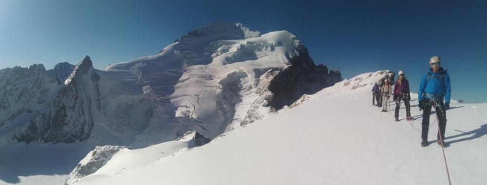 Stage initiation Alpinisme - Pas loin du sommet de Roche Faurio
