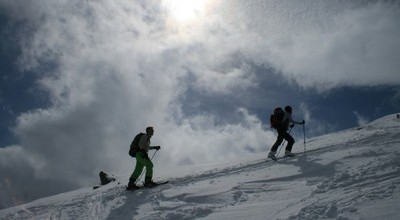 Une montée tranquille et plein ciel lors du Tour de la Meije