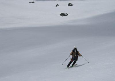 Raid ski Haute Maurienne - Descente plein pot sur l'Italie