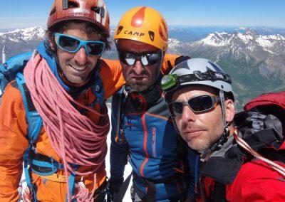 Alpinistes à peu près contents