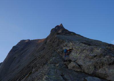 Arête nord Piz Badile - au pied de la bête