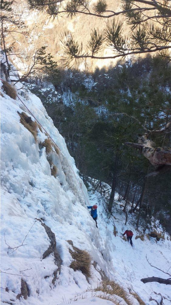 Initiation cascade de glace - Parc de la Schappe - Le petit mur raide!