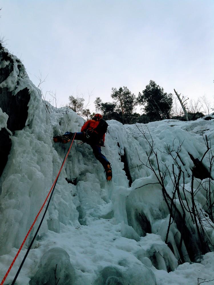 Initiation cascade de glace - Départ de la deuxième cascade