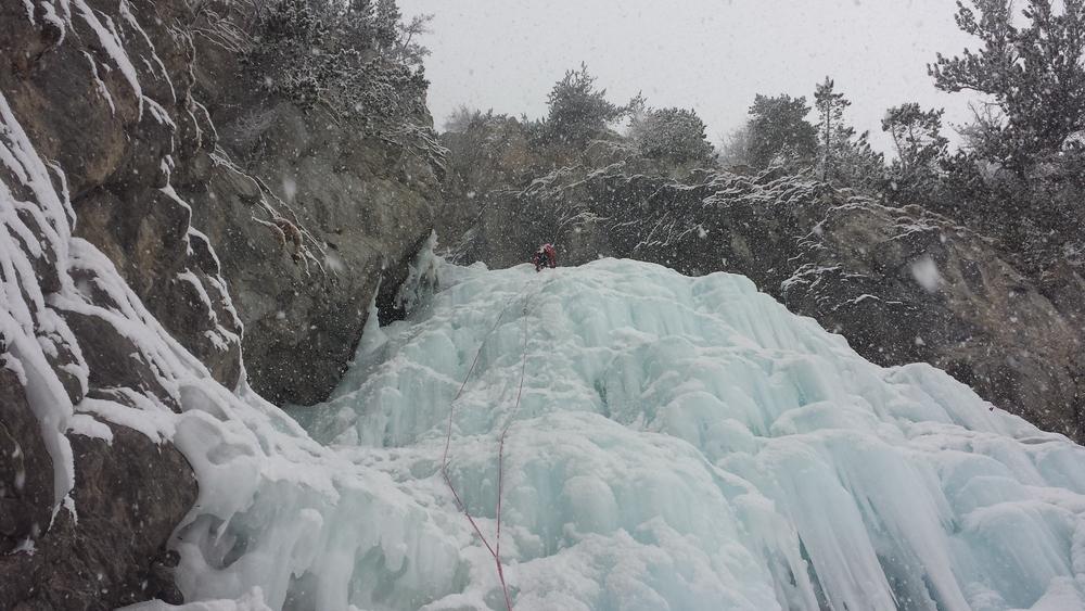 Cascade glace Ceillac - Forme du Chaos - Julien dans L1