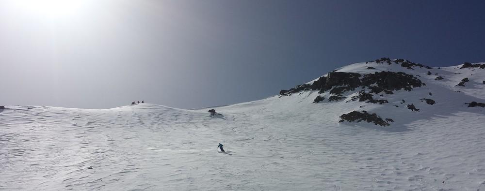 Raid Cerces - Tour du Queyrellin - Première pente en neige froide