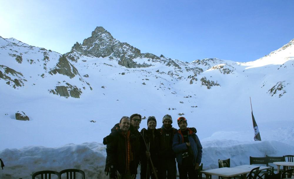 Raid ski Queyras - Tête du Longet - L'équipe au départ