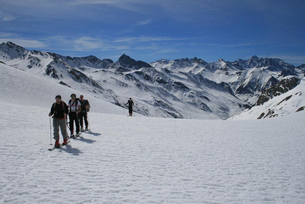 Raid ski Queyras - Tête du Longet - Longue remontée vers la tête du Longet