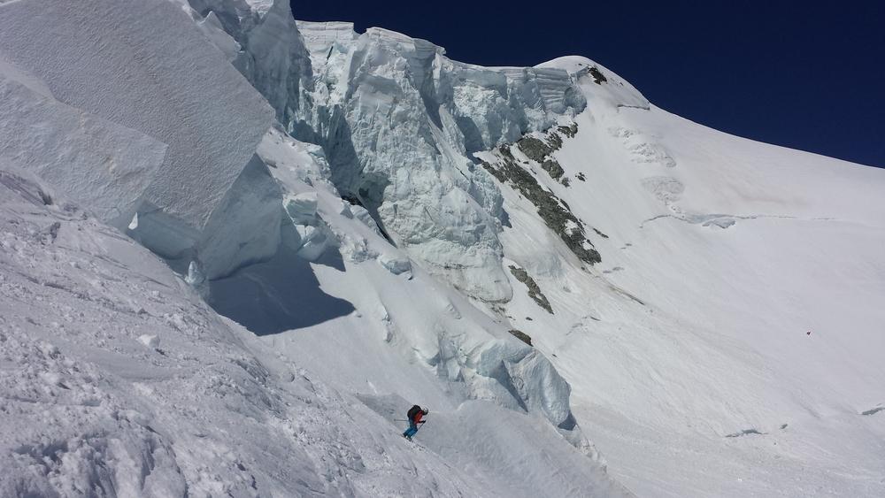 Mont-Blanc - Ski - Sous les séracs du Petit Plateau