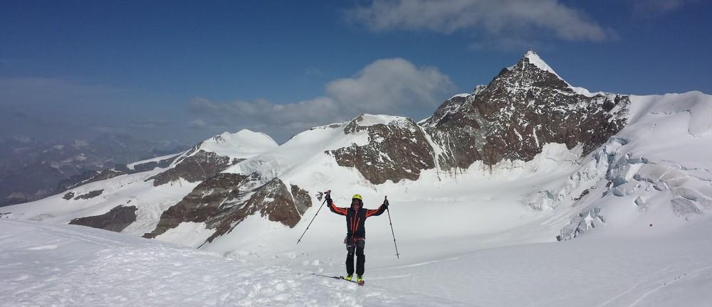 Mont-Rose - Ski - Yann à la pyramide Vincent
