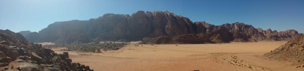 Jebel Um Ejil - Soumises - Vue sur wadi rum