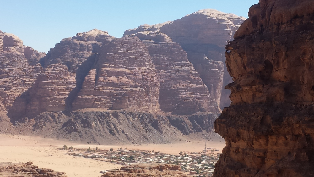 Mira Khouri - Un génie veille sur wadi Rum
