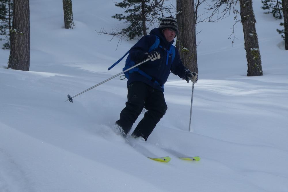 Ski randonnée Ubaye Fouillouse - Vers le Col de Mirandol - Forêt au top