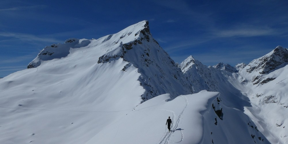 Couloir nord Rouya - Corniches style