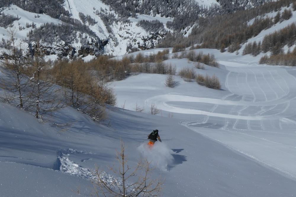 Ski randonnée les Orres - Bord de piste sucreux