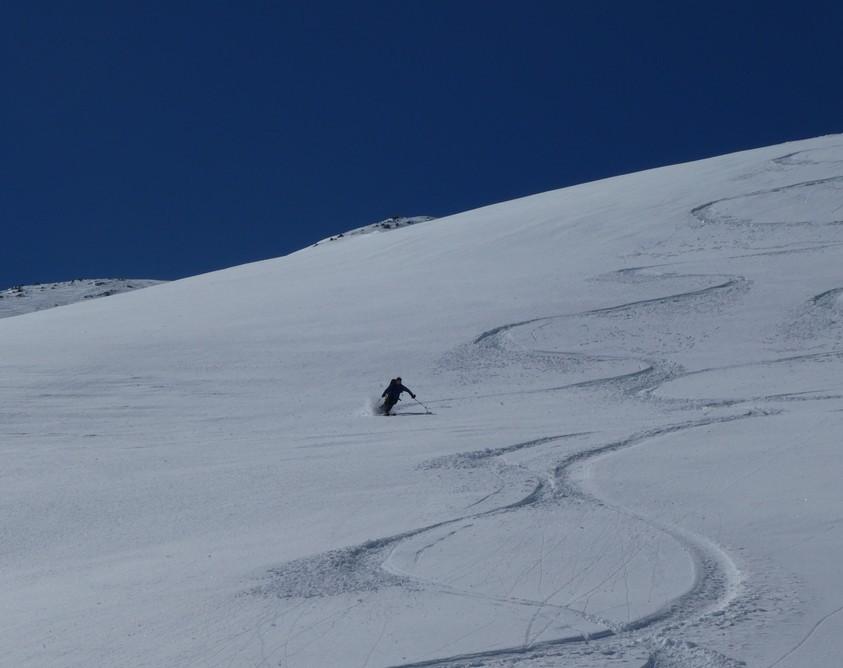 Ski hors piste rando - Valloire - Valmeinier - Dans le bas ça reste excellent