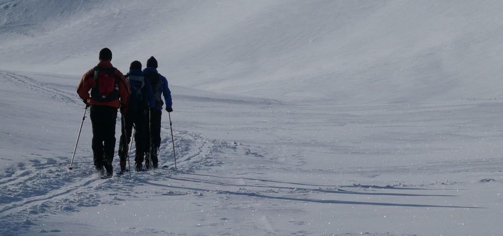 Ski rando terre rouge - Vers la Pissine - En route