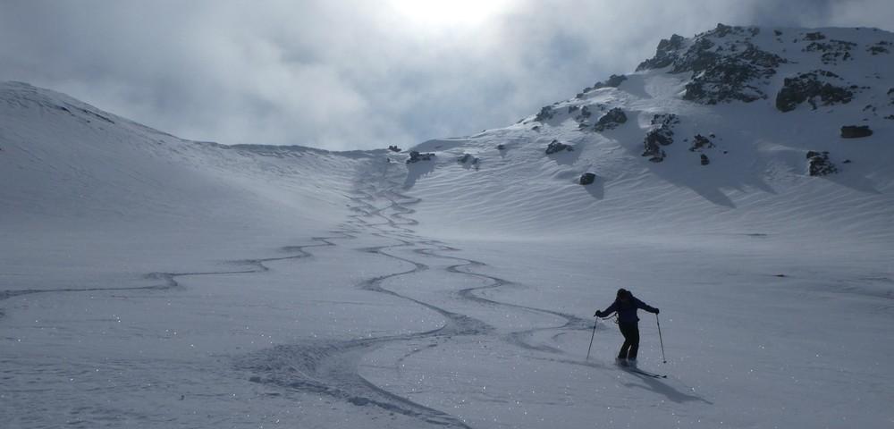 Ski rando terre rouge - Vers la Pissine - Première descente