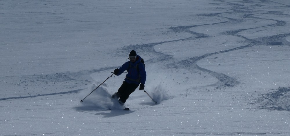 Ski rando terre rouge - Vers la Pissine - Pas mauvais là
