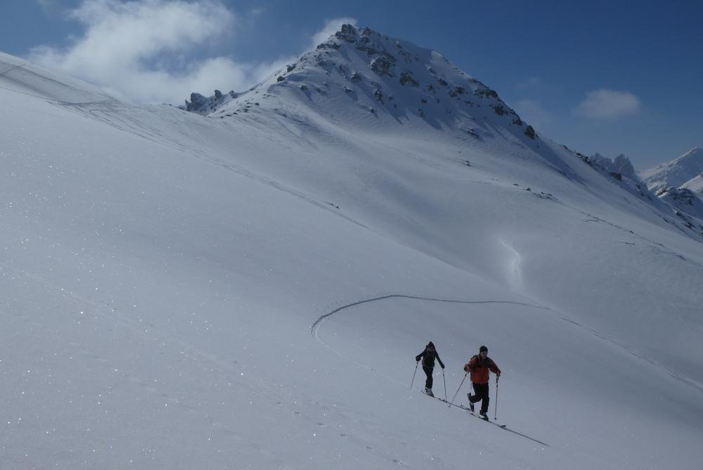 Ski rando terre rouge - Vers la Pissine - Remontée