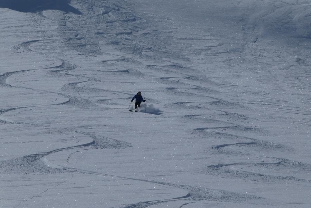 Ski rando terre rouge - Vers la Pissine -François juste avant la chute!