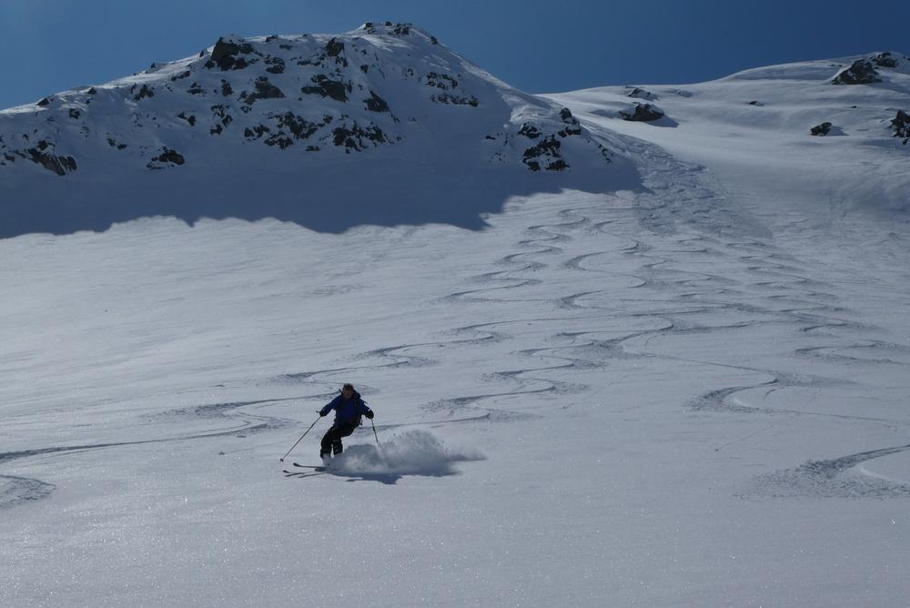 Ski rando terre rouge - Vers la Pissine - Au tour de François
