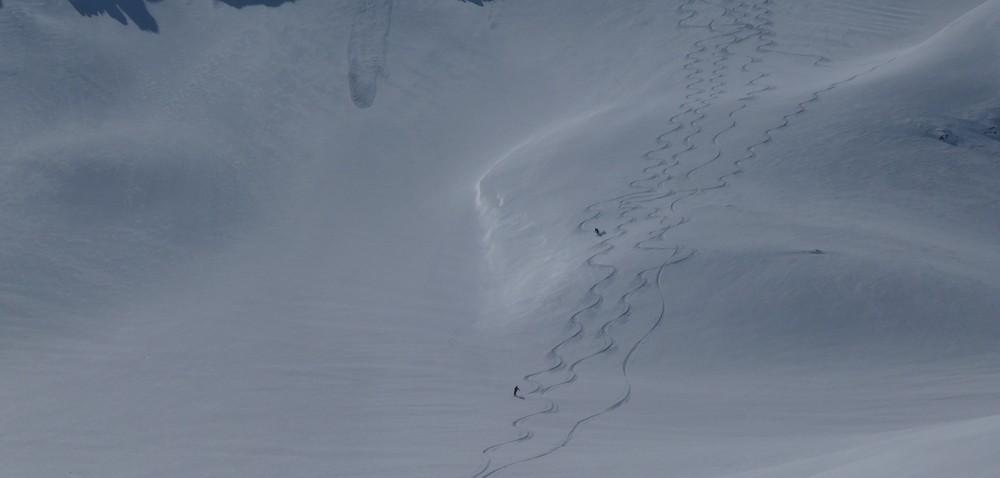 Ski rando terre rouge - Vers la Pissine - Tricotage entre amis