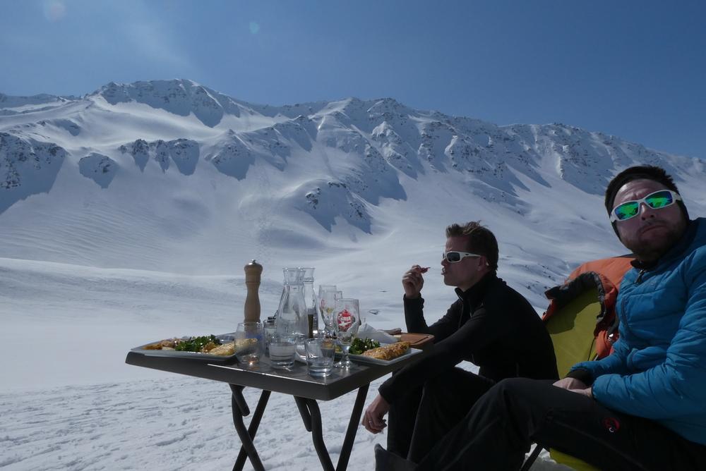 Ski rando terre rouge - Vers la Pissine - Ca vaut toutes les terrasses de Paris ça!